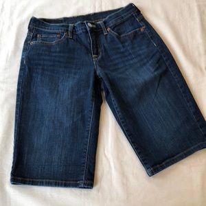 EUC Lucky Brand Denim Jean Bermuda Shorts 27 (4)